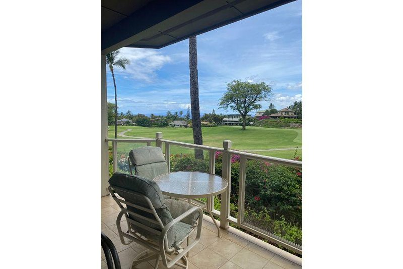 Spectacular Ground Floor Unit - Wailea Grand Champions #173, holiday rental in Wailea