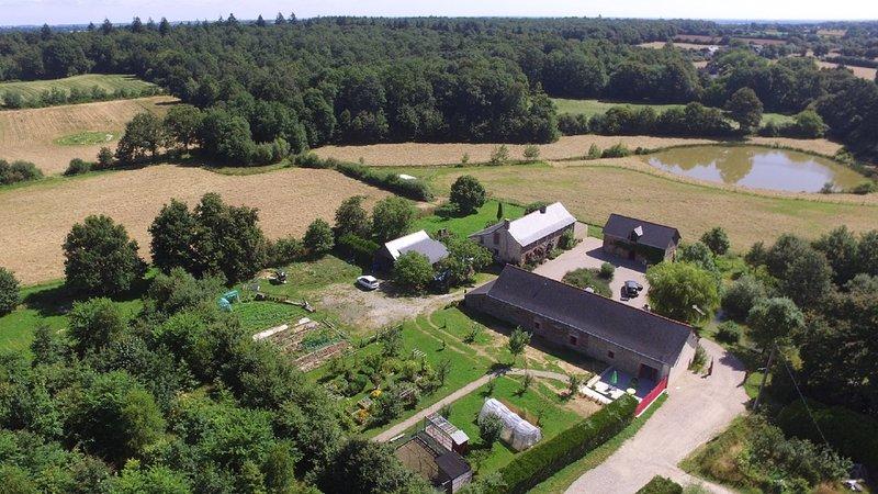 Gîte 6 personnes à la campagne dans Mon Savoureux Jardin, vacation rental in Segre-en-Anjou Bleu