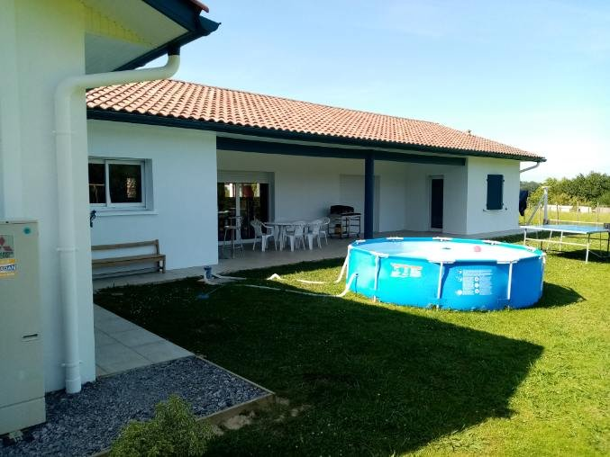 Amazing house with swimming-pool, holiday rental in Villefranque