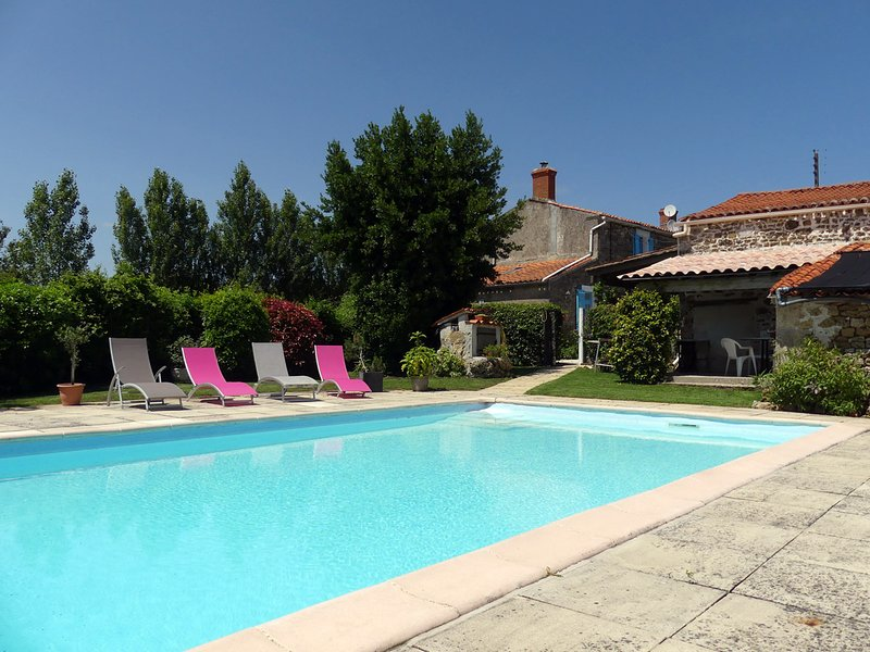 Le Tournesol Gite, vacation rental in Vendee