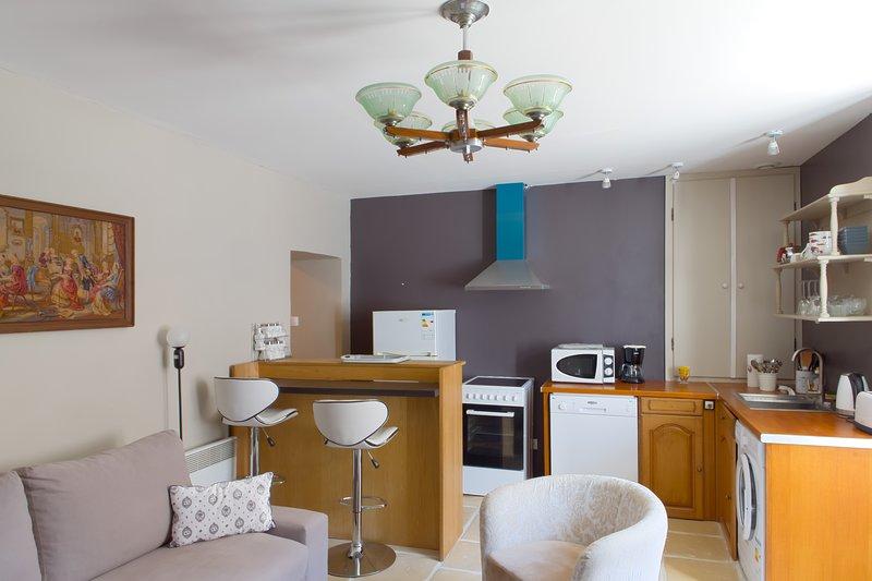 STUDIO MONCOEUR - Loft pour 2 personnes, holiday rental in Ingrandes