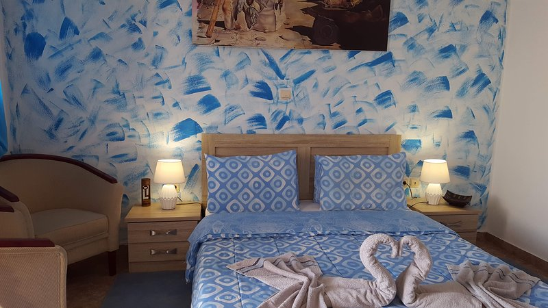 Pleasure Room 2 By The Sea, vacation rental in Perissa