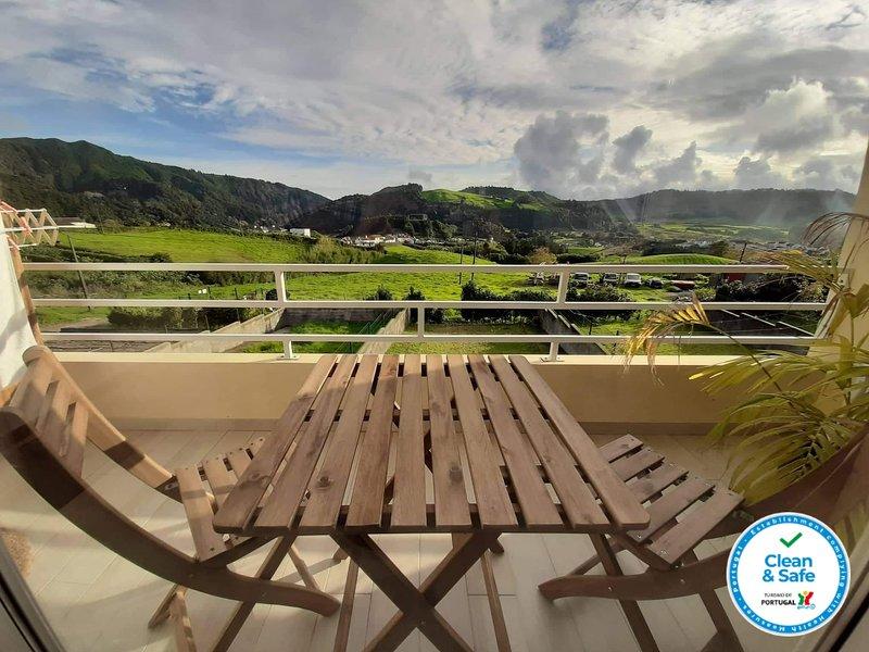 Casa - The Furnas Azores House, vacation rental in Agua Retorta