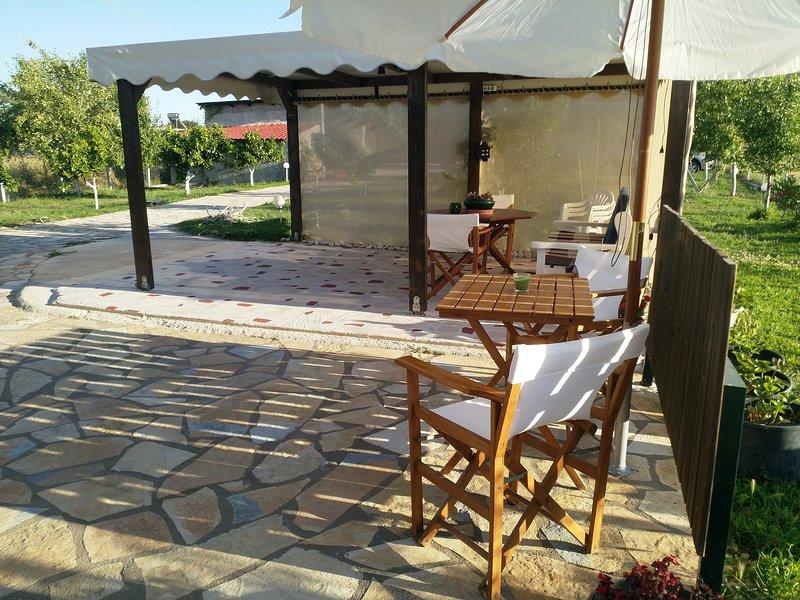 Country house,Nea Sampsounta*Vivian Philoxenia*, casa vacanza a Lygia