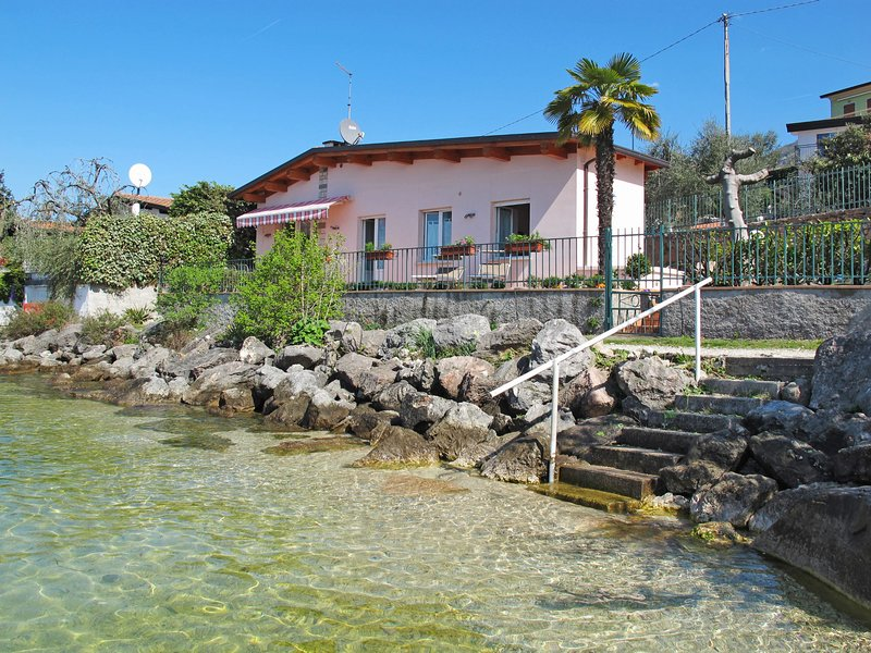 Casetta sul Lago (BRZ145), holiday rental in Assenza
