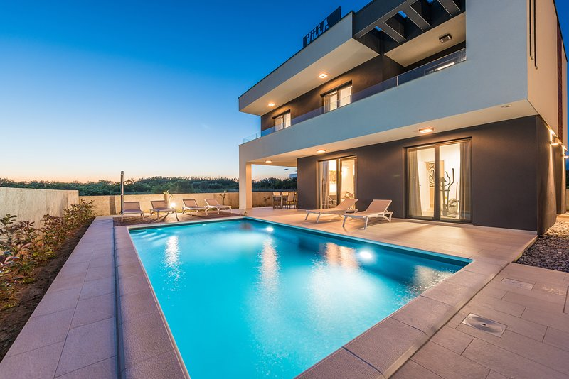 NEW VILLA ANGELO with (sauna,gym,heated pool)!!!, holiday rental in Privlaka