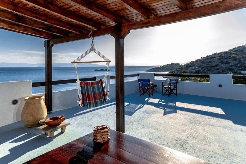 Saronic Seafront, holiday rental in Salamina
