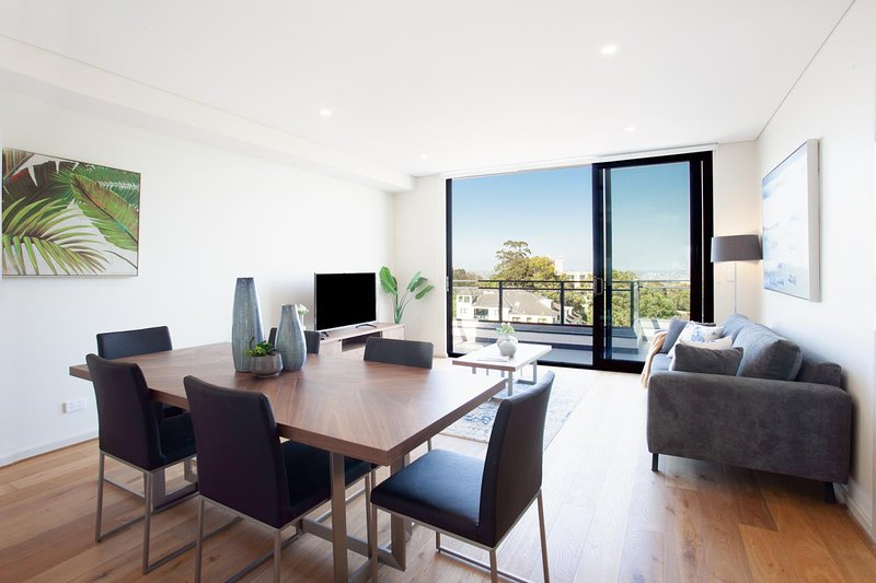 STAY&CO - Amazing 3BR Serviced Apartment in Crows Nest, holiday rental in Linley Point