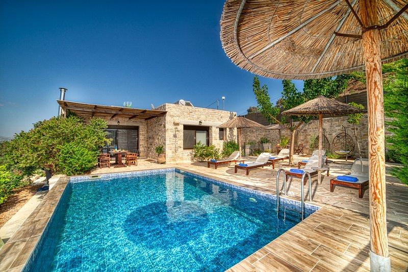 OLIVE luxury villas - villa Gamma, vacation rental in Vori