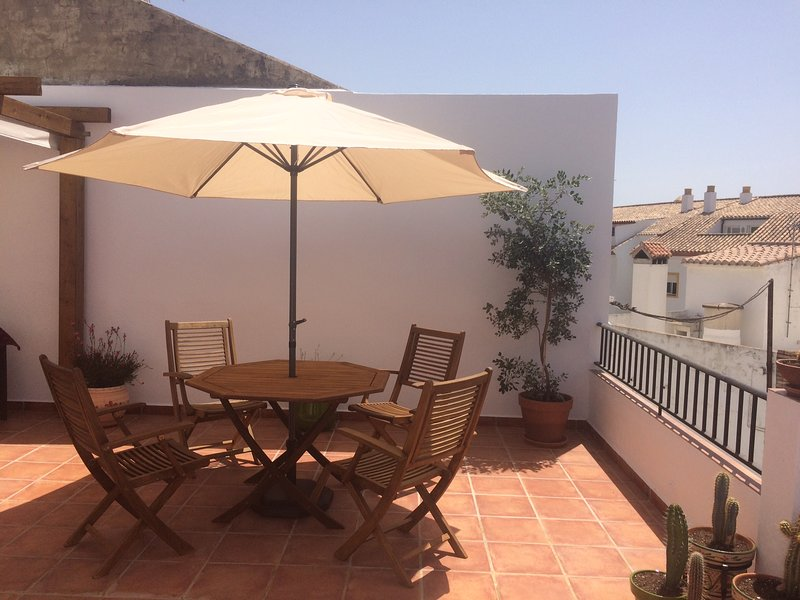 Beautiful Village House, holiday rental in Monda
