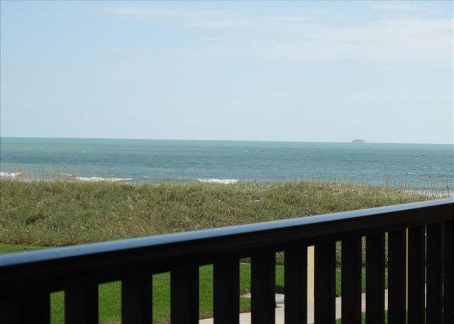 BEAUTIFUL Ocean View at Cocoa Beach! Cocoa Beach Club 205, holiday rental in Cocoa Beach