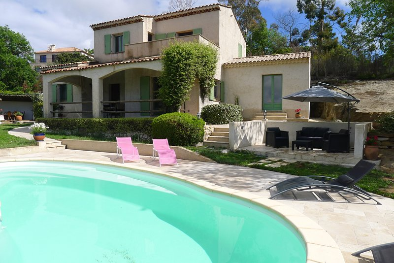 VILLA ROCHE GRISE VI3010 by RIVIERA HOLIDAY HOMES, vacation rental in Peille
