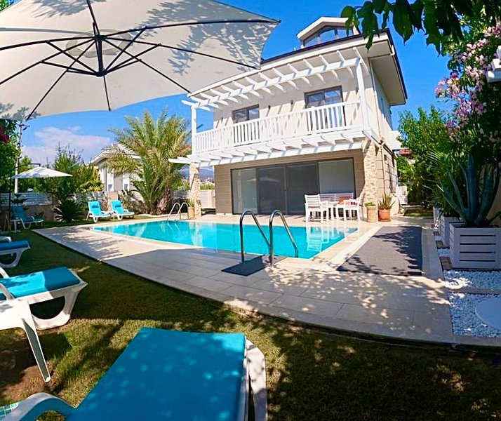 Inshore, Luxury Villa with Private Pool, holiday rental in Fethiye