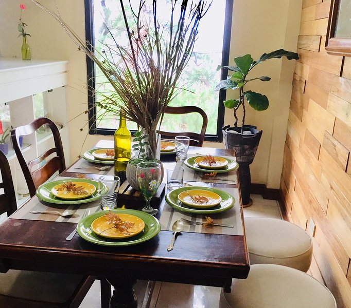 Mary's Home Baguio 2-Bedroom Vacation Home, holiday rental in Rosario