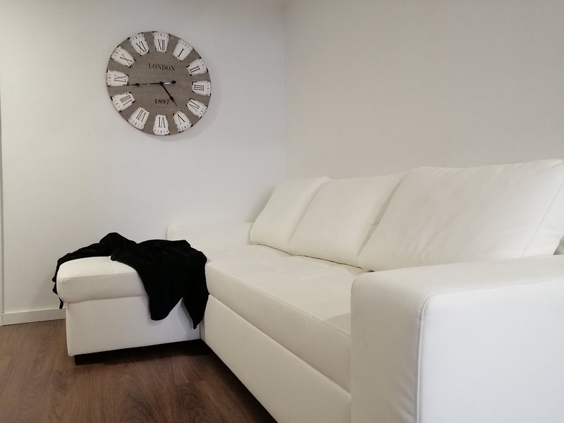 NUEVO* Bioma Imperial: Modern & Minimalist Loft, holiday rental in Llano del Moro