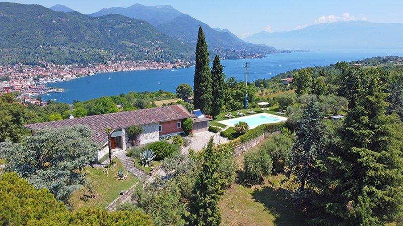 Villa Desiré, location de vacances à Salo