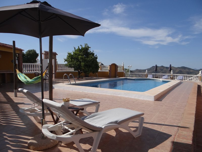 NEW - Casa Sarandy Almogía (prov. Málaga) - guest house Mayo (6p.), holiday rental in Almogia