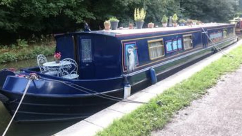 Beautiful Widebeam Barge, vacation rental in Vale of Glamorgan