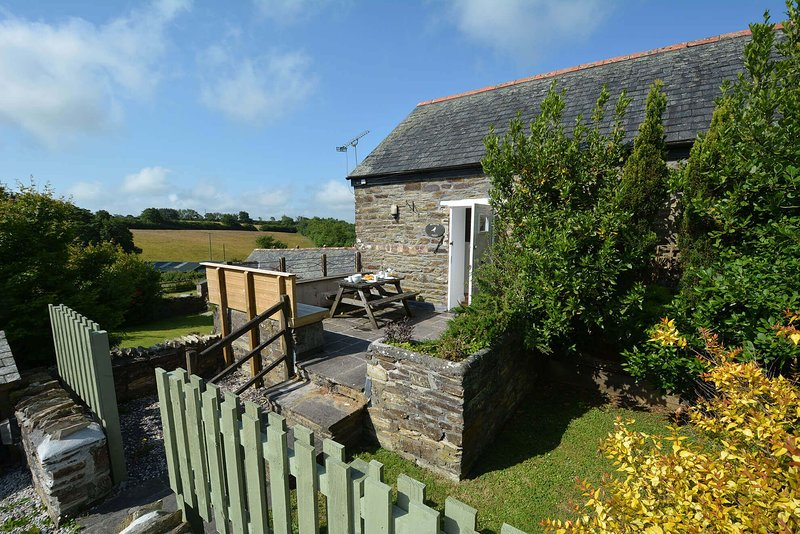 Robin's Nest, holiday rental in Two Waters Foot