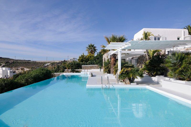 Villa Mega by WhiteList Mykonos, aluguéis de temporada em Ornos