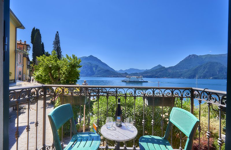 Casa Bella in Varenna on lakeshore, alquiler de vacaciones en Varenna
