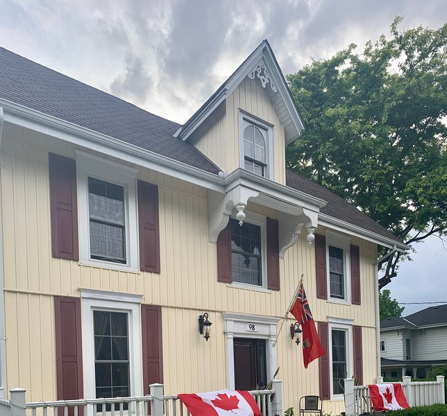 The Butter Barn Vacation Rental, holiday rental in Port Dover