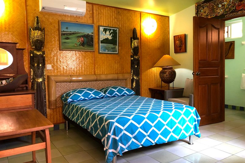 Studio Moonrise - Punaauia - 2 pers - pool - A/C - Wi-Fi - near the beach, vacation rental in Tahiti