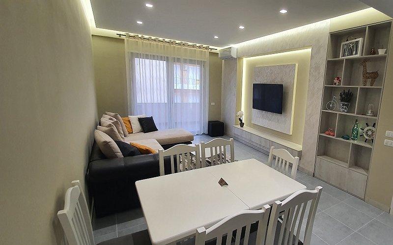 Deluxe apartment, location de vacances à Orikum