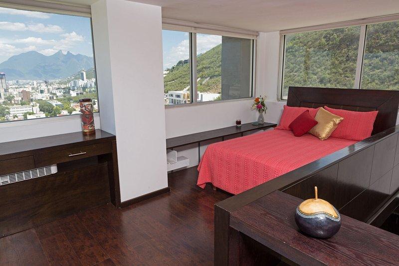 Privacidad y comodidad con estilo! Ubicación céntrica con gran accesibilidad., holiday rental in Monterrey