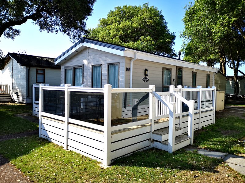 Sea View Lodge, Mudeford, Ferienwohnung in Mudeford