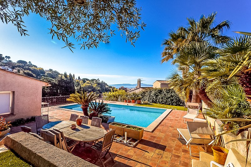 Amancio 33472 Villa with sea view, pool 10 x 5 meters, walking distance to beach, holiday rental in Sainte-Maxime