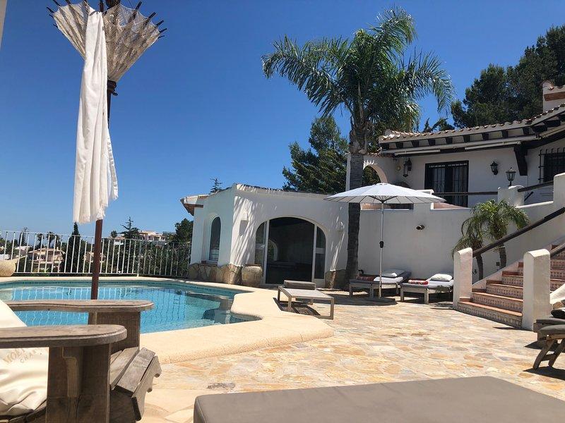 Villa Finca Costa Blanca mit traumhaftem Meerblick, holiday rental in Sagra