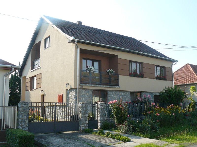 Agica Apartman- peaceful holiday, holiday rental in Tokaj