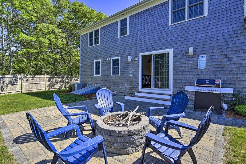 NEW! Cape Cod Home w/ Game Room, 3Mi to Mayflower!, Ferienwohnung in East Dennis