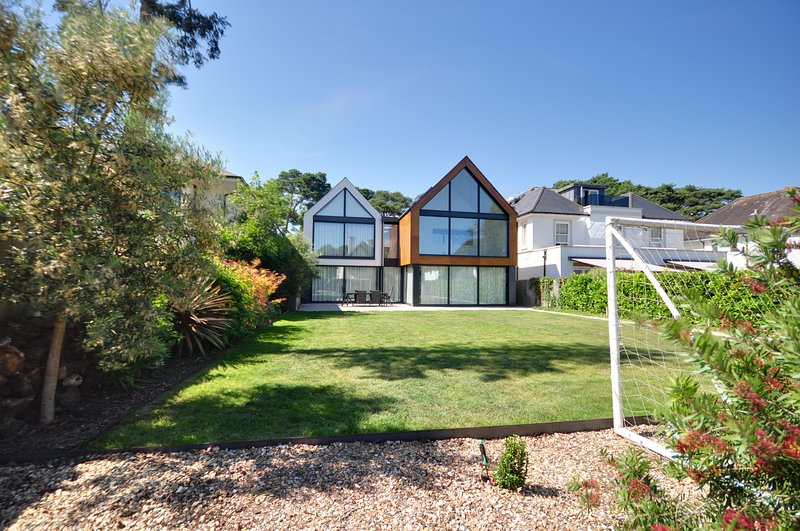 Spyglass - Spyglass Canford Cliffs, holiday rental in Poole