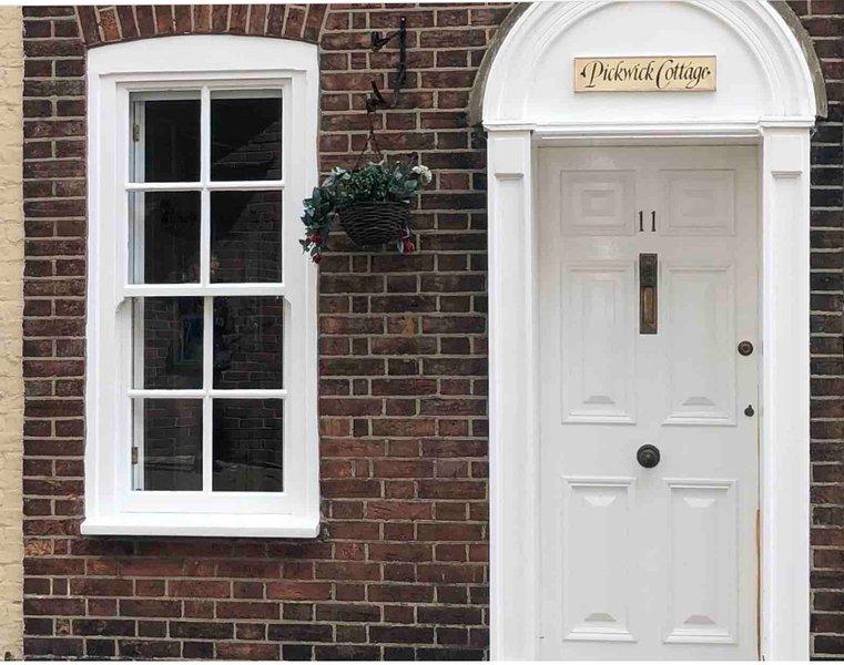 **Grade II Listed Cottage - Near The Waterfront**, location de vacances à Poole