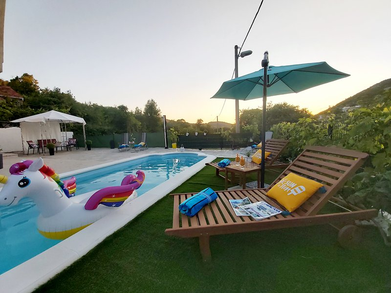 Country house Ivona with pool, vacation rental in Dubrovnik
