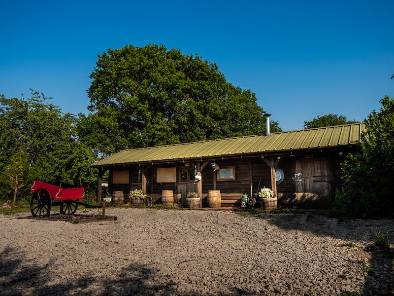 The Stables at The Oaks  Near Yoxall  Staffordshire   Dogs welcome, casa vacanza a Lichfield