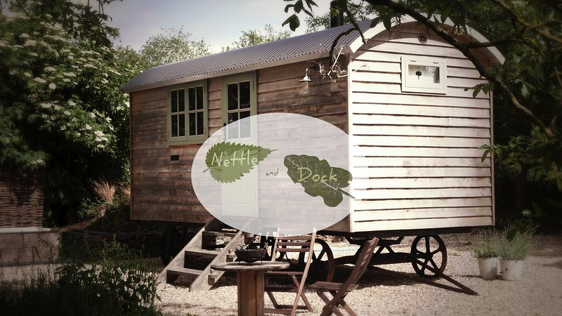Luxury Shepherds Hut on the edge of Dartmoor, holiday rental in Yeoford