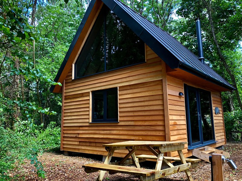 Alfriston Woodland Cabins - Badgers Rest (+dogs), Ferienwohnung in Newhaven