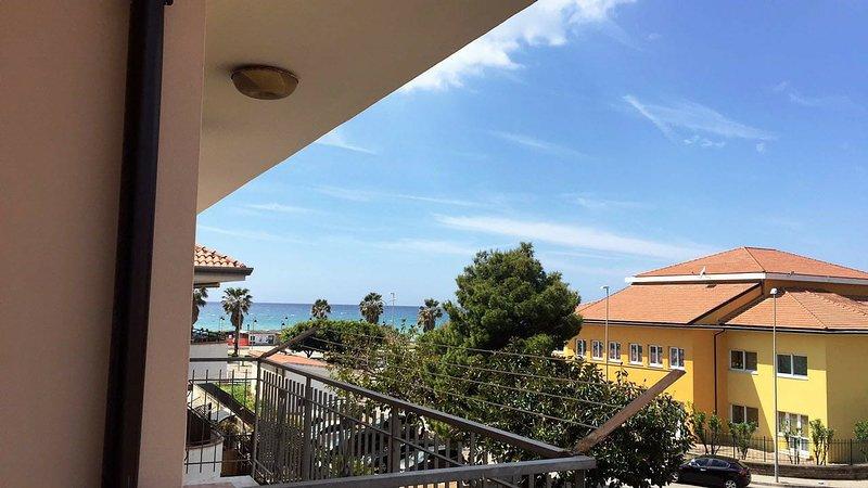 Luglio ad Ascea Marina a due passi dal mare e dal centro!, vacation rental in Marina di Ascea