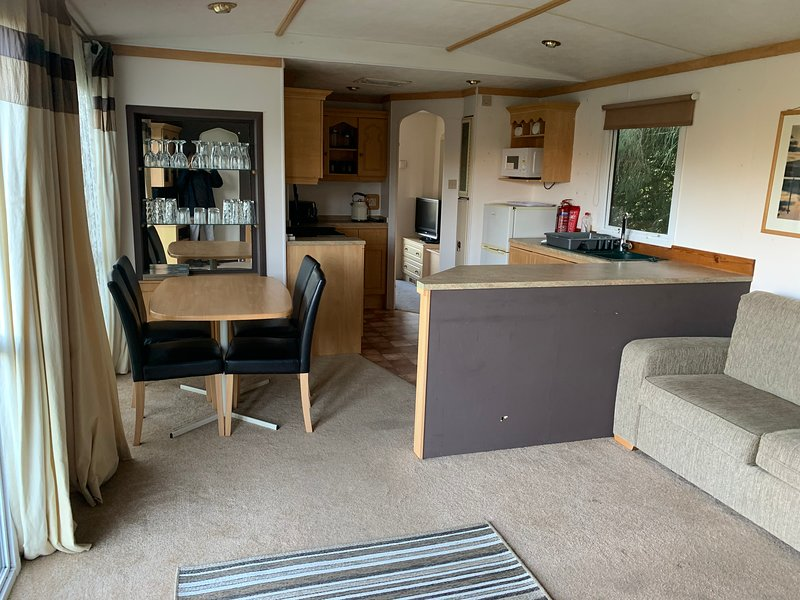 Private Countryside Cabin - 10 minutes from Brighton, Ferienwohnung in Newhaven