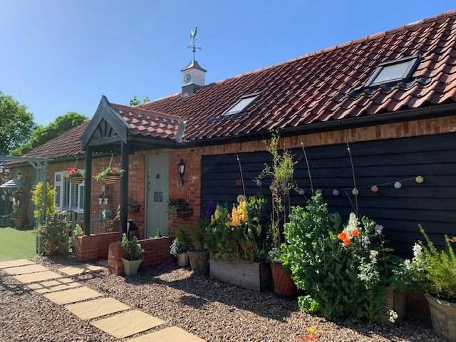 The Borrowers: Luxury Romantic Cottage for Two at Olde Farm, location de vacances à East Harling