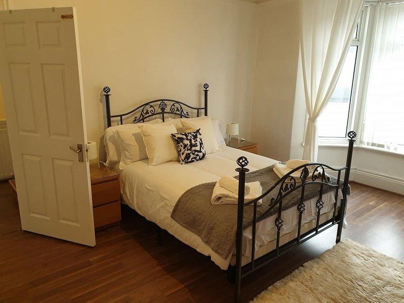 South Shield's Hidden Gem Garnet 3 Bedroom Apartme, location de vacances à Tynemouth