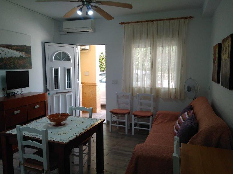 APARTAMENTO ALGIBE BAJO, holiday rental in Agua Amarga
