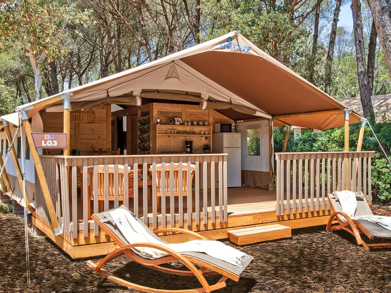 Camping Village Baia Domizia (BDO127), vacation rental in Casamare