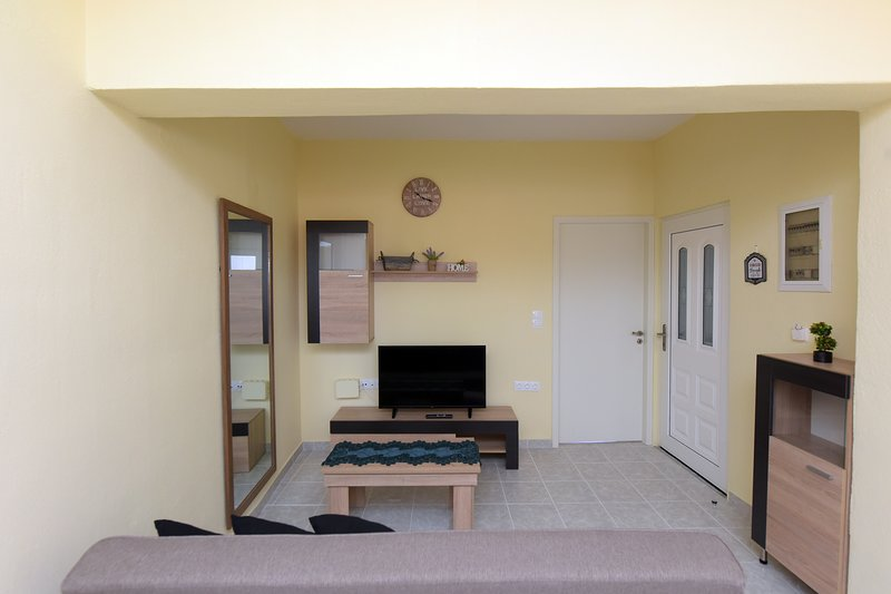Happy Days Home Apartment, holiday rental in Filerimos