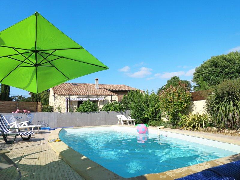 Tuilières (CME100), holiday rental in Saint-Germain-d'Esteuil
