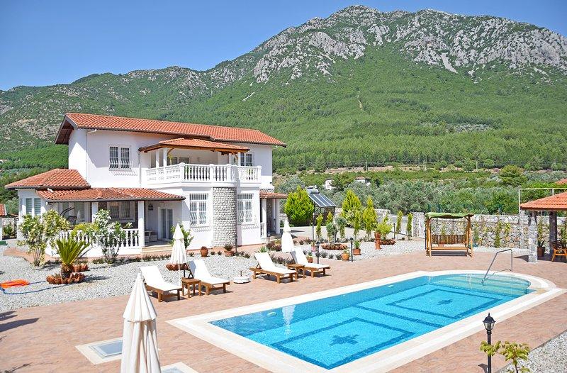 Villa Estelle, location de vacances à Yesiluzumlu