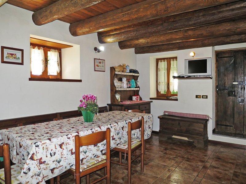 Baita Anita (DOD100), holiday rental in Altoggio